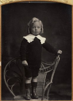 Bryan Colin Mcbeth b 1909 (Maldon+WA)