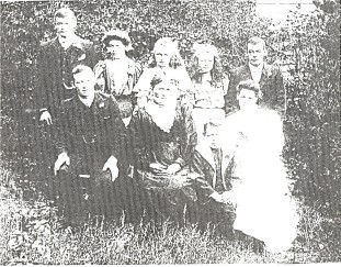 Bryan, David, Margaret and Family at Daylesford.