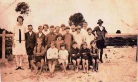 Halbert, Arthur (in Hat) at Kundip School in 1926