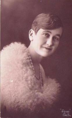 Halbert, Clara Jane (Catchpole) 1907-1991 (Lorraine)