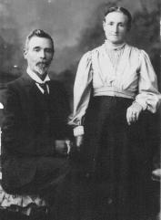 McMillan, Alexander & Elizabeth fr Harold Coppock Dec '13 (His great grandparents)