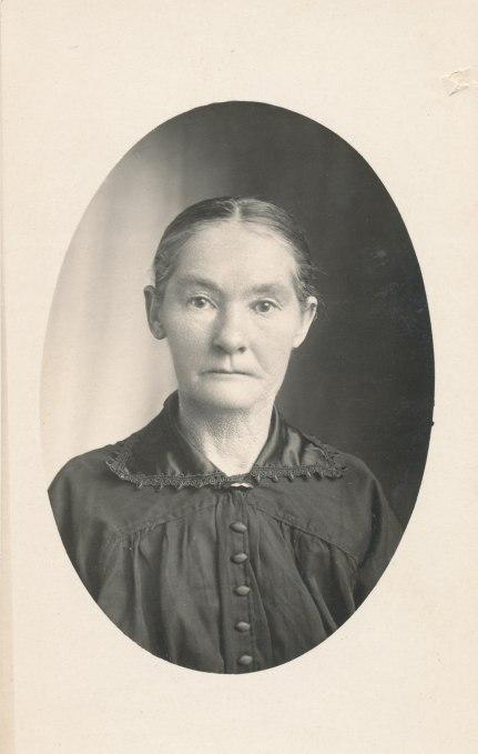 McMillan, Mary (McLaren) 1860-1935 daughter of John McMillan and Mary Regan. Fr Eril