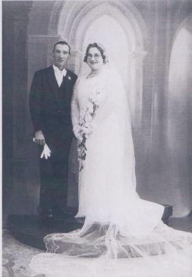 Oyston, Leslie Ernest & Wife Ethel