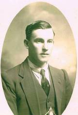 Perrin, Charles Ernest from Rochelle
