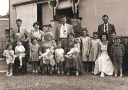 Perrin, Charles Ernest & Mary Agnes' (Min) family & grandchildren late 1950, 66 George St front lawn.