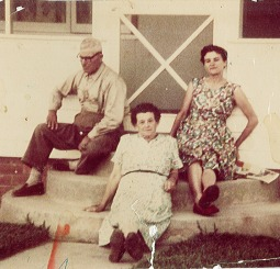 Perrin, Dulcie with parents Alfred & Mary