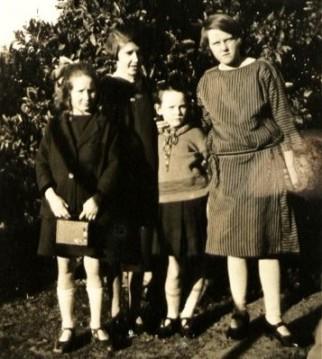 Perrin, G. E. with Hazel, Nancy & Sylvia