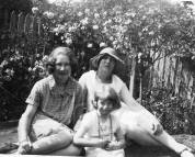 Ena & Hazel Perrin with Nancy.