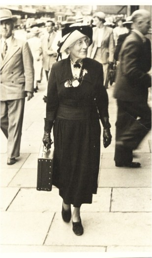 Perrin, Marianne E. (Eames)Queen St AK about Easter 1952 aged 73.
