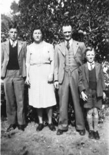 Young, William, Hazel, Billie & Keith
