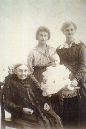 Keogh, Mary (nee Reynolds) 4 Gens fr Kath