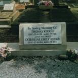Keogh, Thos & Catherine Grave fr Kath