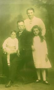 Walker, Max, Ada, Ethel & Harold fr Matt D